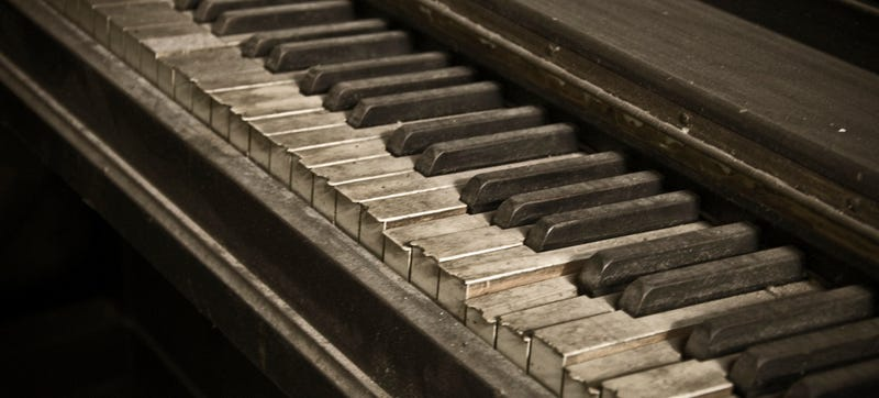 essay on my favorite musical instrument piano