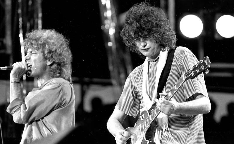 Robert Plant y Jimmy Page de Led Zeppelin. (Foto: AP Images)