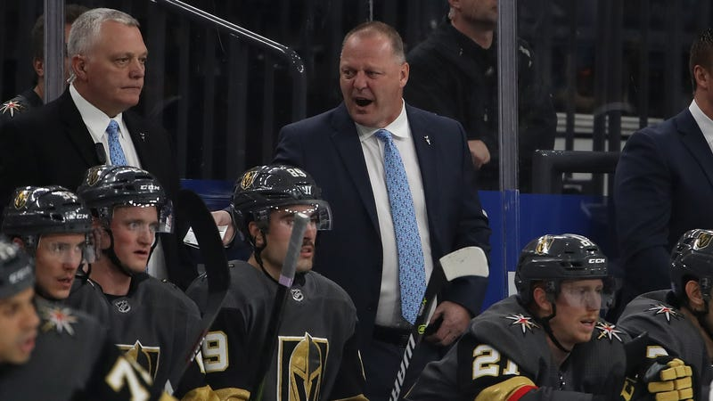 "Illustration for article titled Gerard Gallant Calls Peter DeBoer A "" Clown "" For Saying He Talks Too Much Trash To Players"