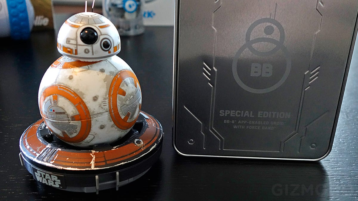 Spheros Bb 8 Controlling Force Band Now Lets You Wield An Imaginary Bb8 Star Wars Special Edition Bundle By Sphero App Enabled Droid Lightsaber Too