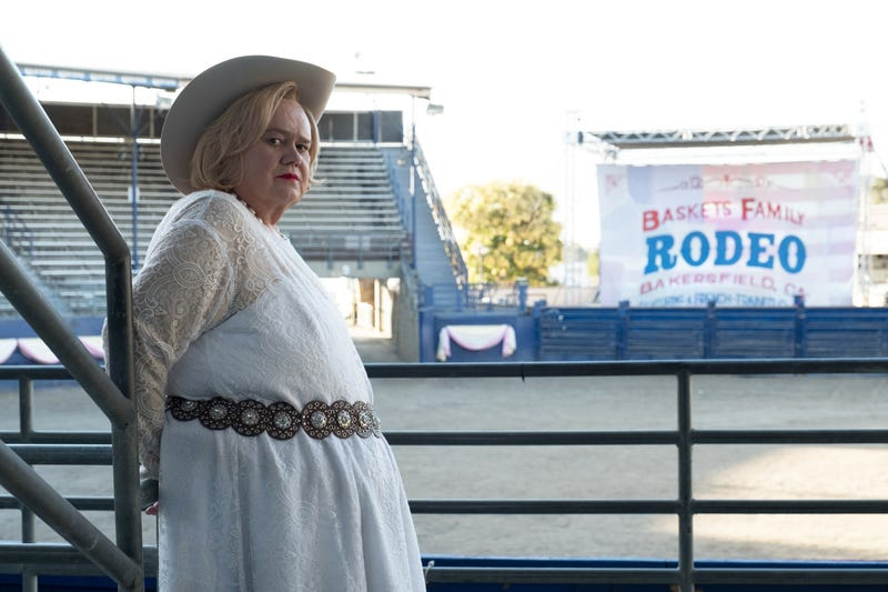 Louie Anderson in Baskets (Photo: Colleen Hayes/FX)