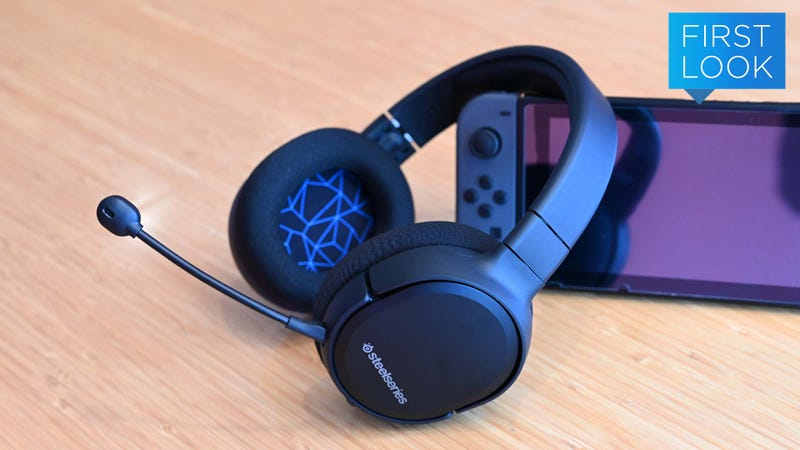 Illustration for article titled SteelSeries Finally Made the Wireless Headset Switch Fans Have Been Waiting For