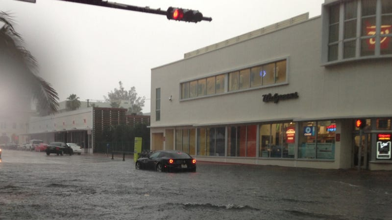 Illustration for article titled Miami Storms Prove The Ferrari FF Isn't So Great In A Flood