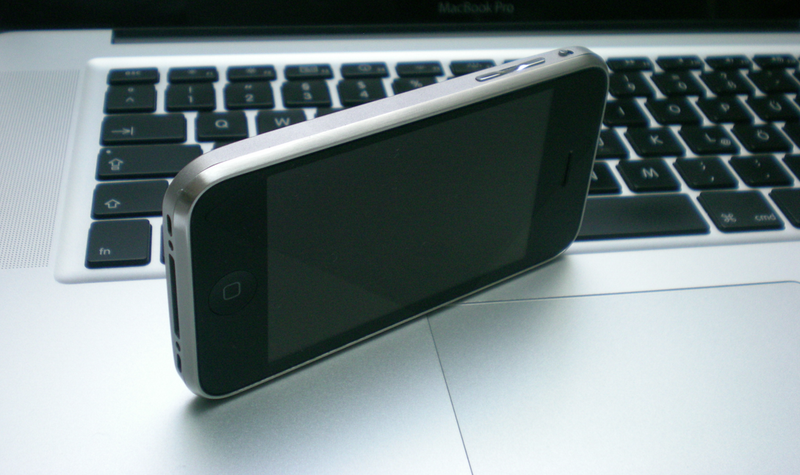 Illustration for article titled Titanium iPhone Is Cool, Too Bad It's Not Real