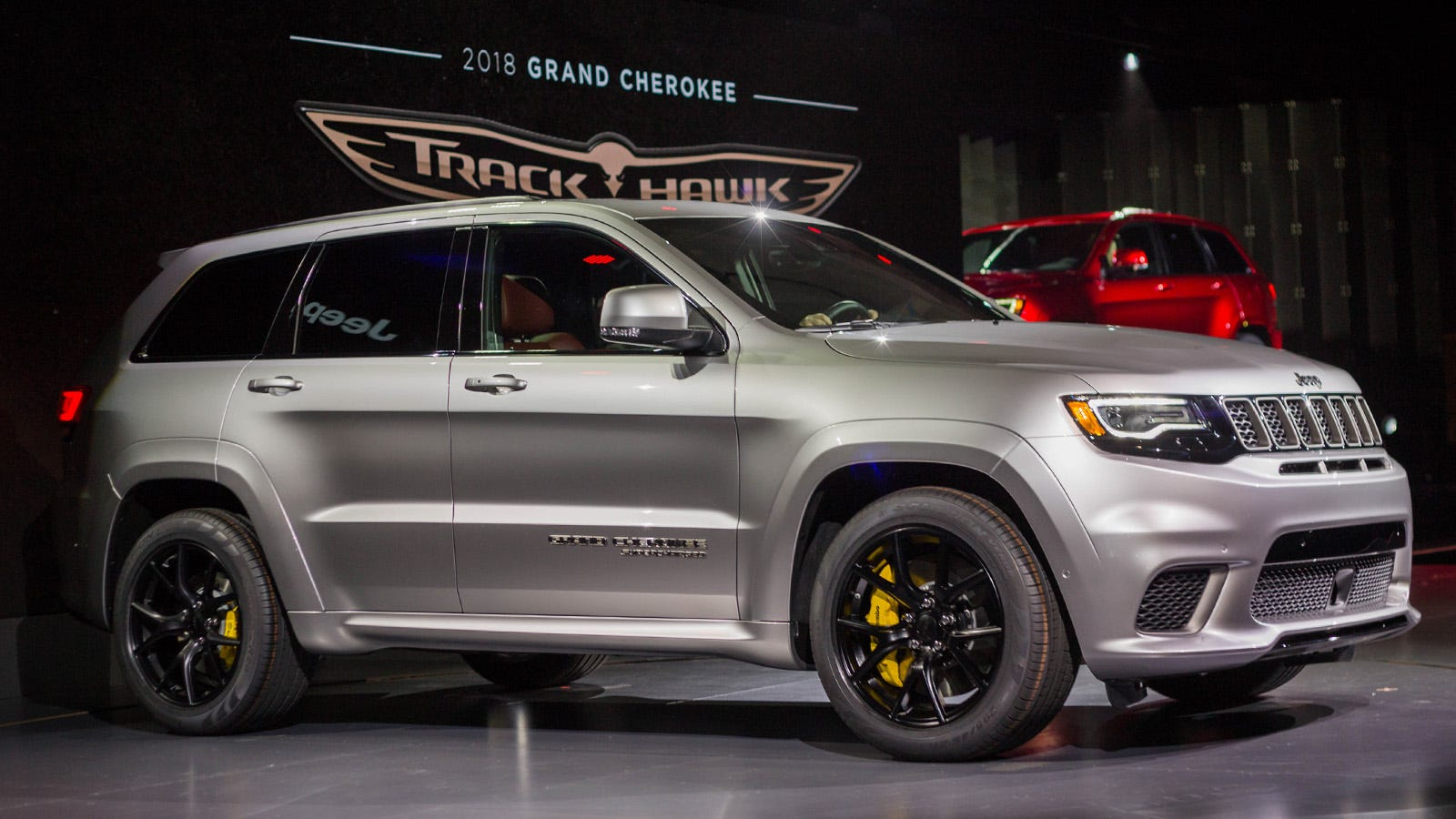 2018 jeep grand cherokee srt8. simple grand the hellcatpowered 2018 jeep trackhawk is quicker 060 than alfa giulia and jeep grand cherokee srt8 c