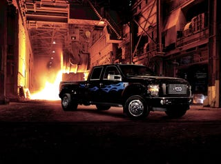 Illustration for article titled Ford Cabela's, Harley-Davidson Edition Super Duty Trucks Officially Official