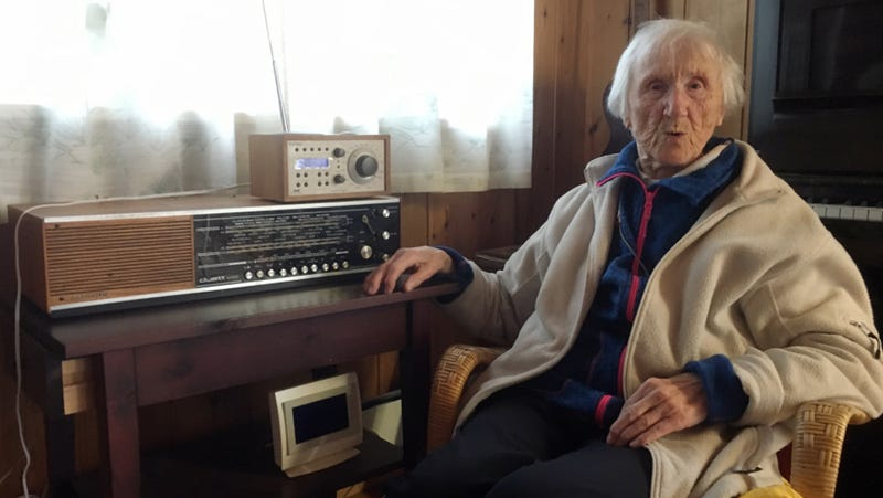 98-year-old Judith Haaland sits next to her decades-old radio set in Stavanger, Norway. By the end of the year, national networks will be available only on Digital Audio Broadcast, or DAB. (Image: AP)