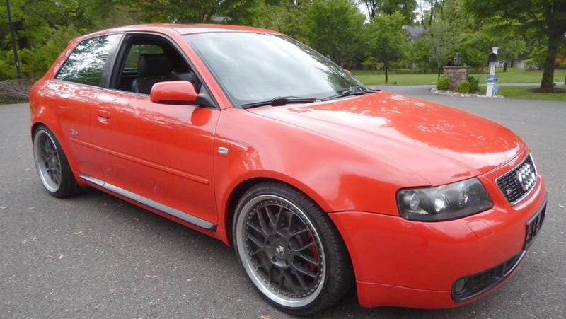 Illustration for article titled At $23,900, Does This Gray-Market 2001 Audi S3 Have You Seeing Red?