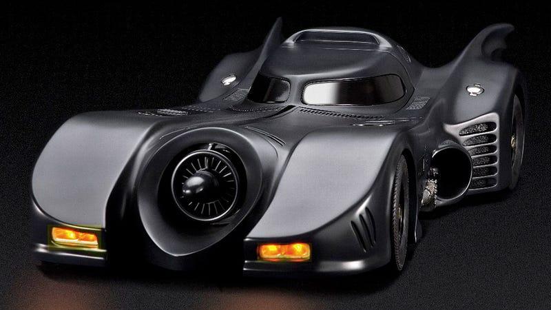 Illustration for article titled Tim Burton-era Batmobile Model Features Pop-up RC Machine Guns