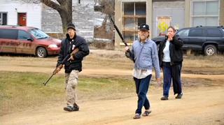 Kynan Dutton (L), Craig Cobb (R) and unidentified woman in rearKX News screenshot