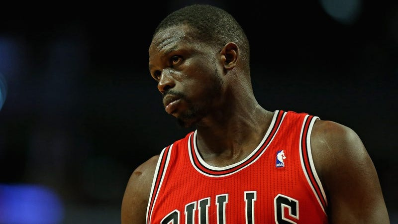 Illustration for article titled Luol Deng Lost 15 Pounds While He Was In The Hospital