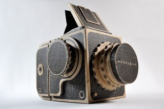 Illustration for article titled A Cardboard Hasselblad That Actually Takes Photos