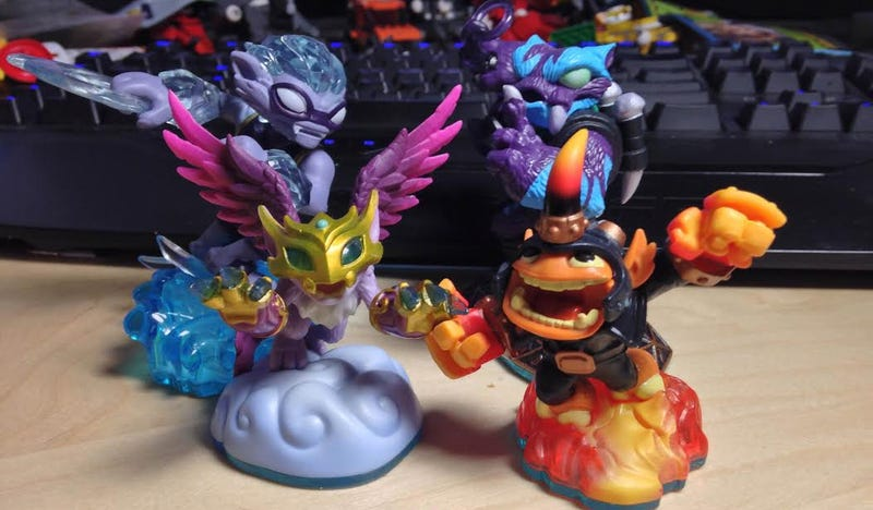 Skylanders Toys R Us : Activision is almost finished with skylanders swap force toys