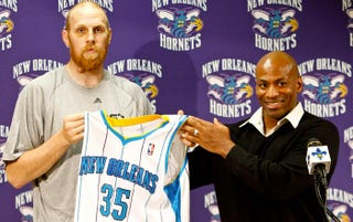 Illustration for article titled After Five Days In Captivity, A Haggard Chris Kaman Emerges To Assure His Family That He Is Unharmed And The Hornets Are Treating Him Well