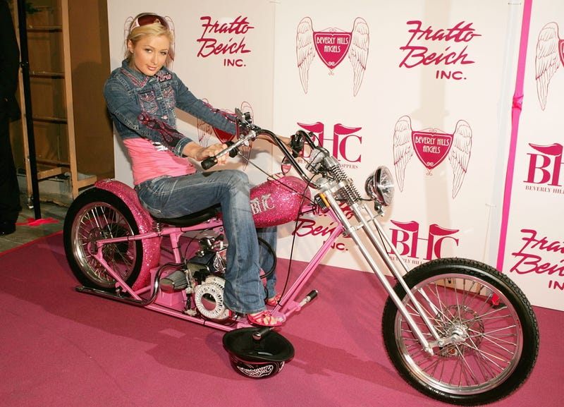 Illustration for article titled Paris Hilton To Front Motorcycle Racing Team