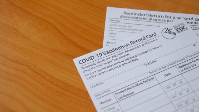 How to Get Your Vaccine Card Laminated for Free