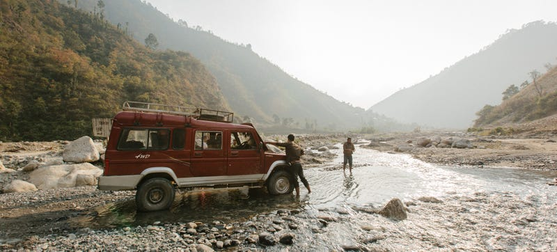 Illustration for article titled Nepal's Fifteen-Hour Jeep Ride From Hell