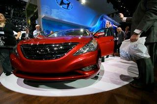 Illustration for article titled 2011 Hyundai Sonata: 'Bama-Bound And Down