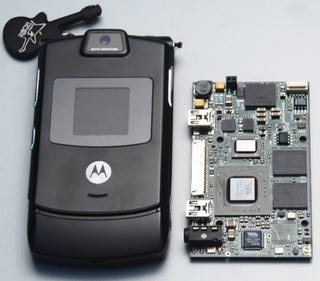 Illustration for article titled Tiny Wee Via Mobile ITX Motherboard to Power x86 Smartphones