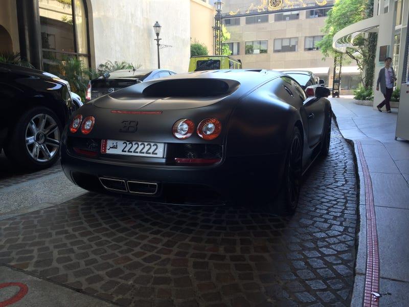 Illustration for article titled Saw a Veyron SuperSport
