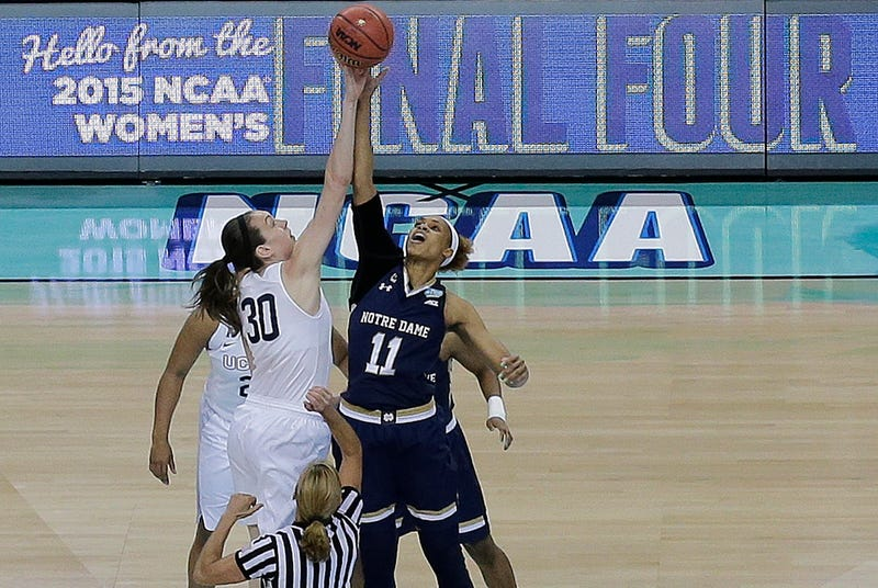 Illustration for article titled NCAA Women's Basketball Officially Moves To Four 10-Minute Quarters