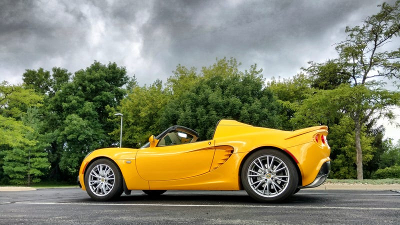 Illustration for article titled My coworker who drives this Elise is in for some unpleasantness (NOW WITH AFTERNOON WEATHER UPDATE)