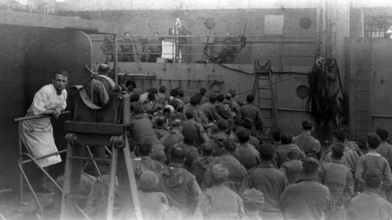 Newly discovered pictures show the everyday life of a WWII soldier