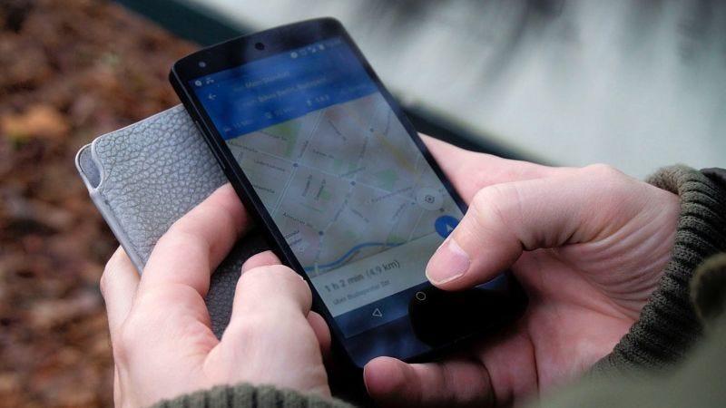 Illustration for article titled Cómo verificar las cámaras, los límites de velocidad y los accidentes de tráfico en Google Maps