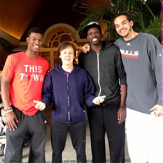 Illustration for article titled For Some Reason, Here's A Picture Of Paul McCartney Hanging Out With Luol Deng, Jimmy Butler And Joakim Noah