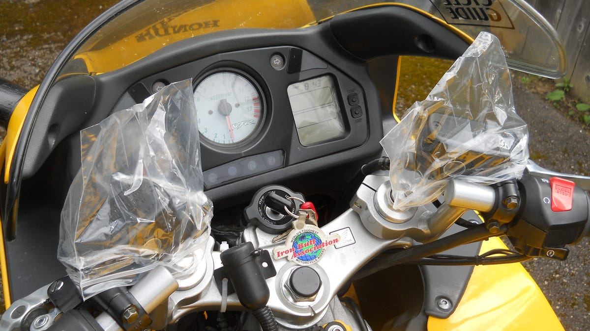 67cda5b4e1 How To Get Your Motorcycle Ridiculously Clean For The Summer