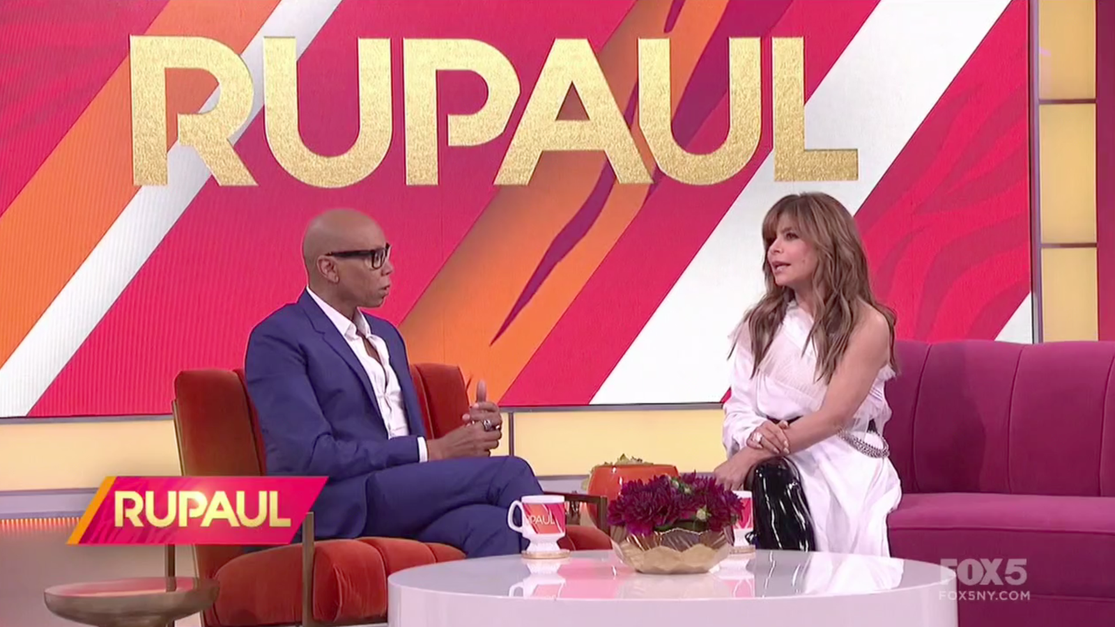 Paula Abdul Keeps Talking About Surviving a Plane Crash for Which No Record Exists