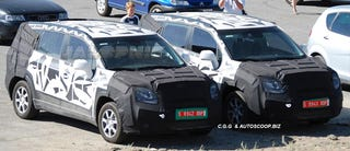 Illustration for article titled 2011 Chevrolet Tacuma Minivan Spied Testing, Hunting Down Soccer Practice
