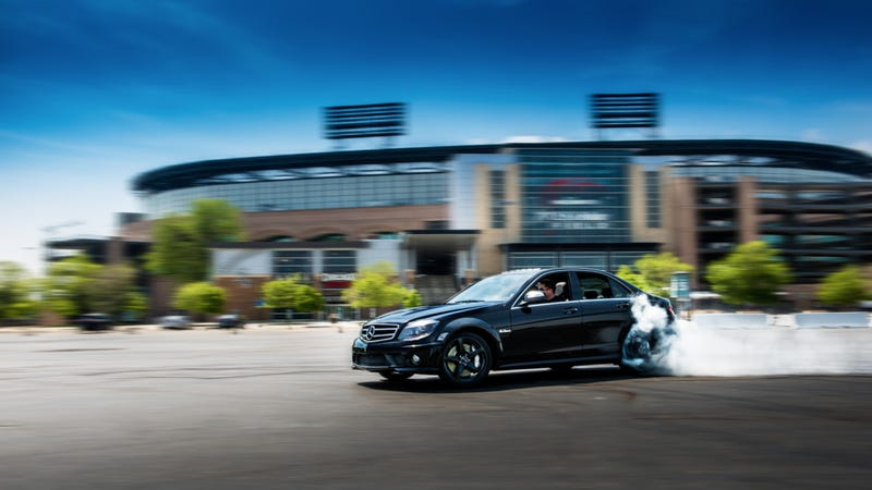 Illustration for article titled Your Ridiculously Awesome Mercedes C63 AMG Wallpaper Is Here
