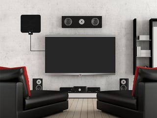 Illustration for article titled Get Free TV: Save Over 60% On This Digital HDTV Antenna