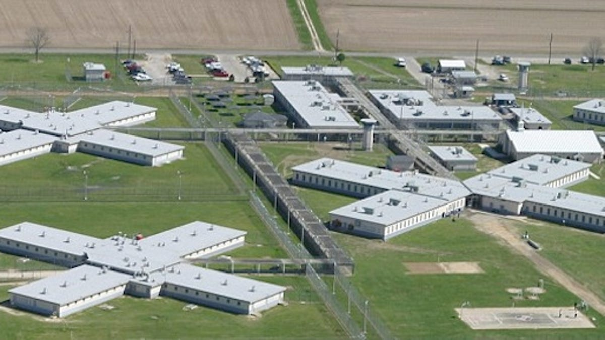 What It's Like To Play A Round Of Golf At A Maximum Security Prison