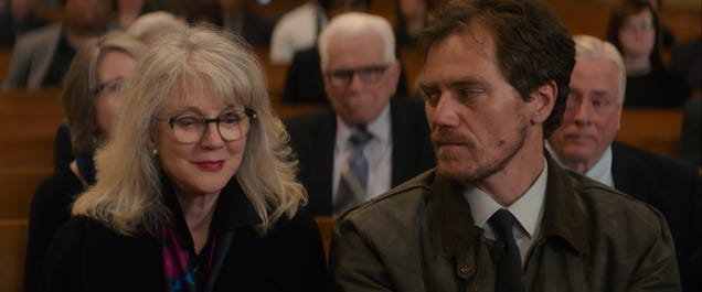Michael Shannon is refreshingly ordinary in What They Had, a family drama with focus issues