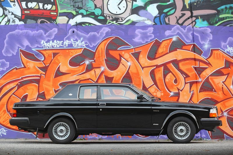 Illustration for article titled David Bowie Owned This Rad Volvo 262C Bertone Coupe And It Just Sold For $216,000