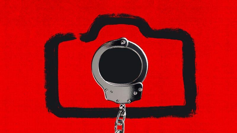 Illustration for article titled 18 años de cárcel para el administrador de una página de revenge porn