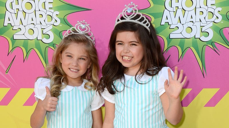 Illustration for article titled Sophia Grace and Rosie Have a FIVE Picture Deal with Warner Brothers