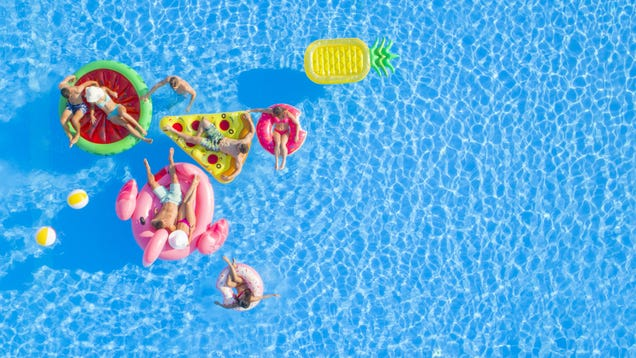 How to Rent Someone's Pool This Summer (or Rent Out Your Own)
