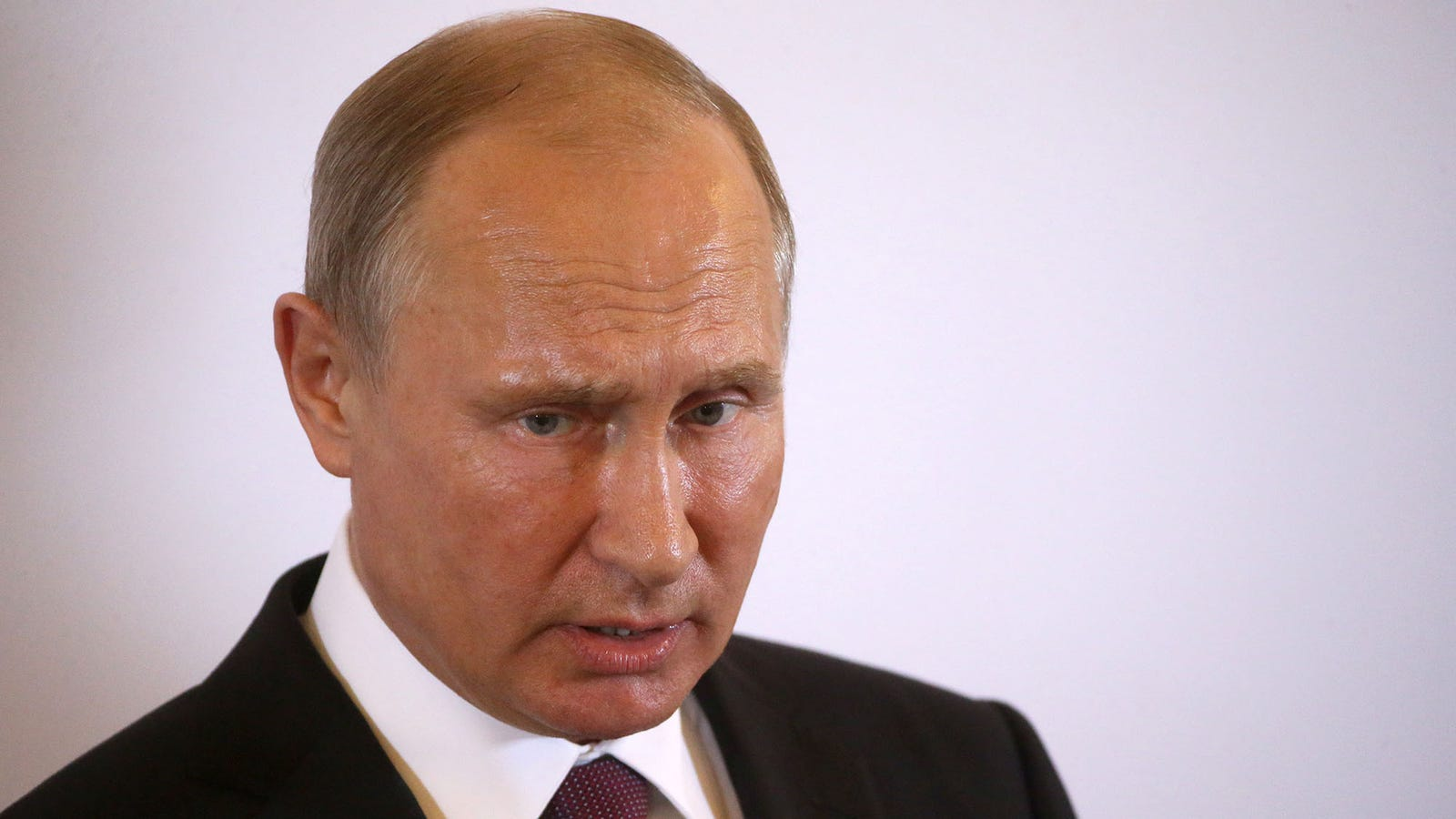 Shocked Vladimir Putin Slowly Realizing He Didn't Conspire With Trump Campaign