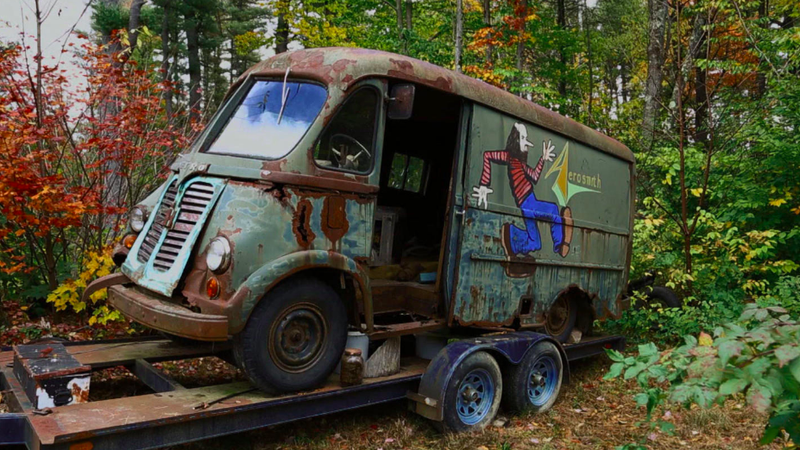 Illustration for article titled American Pickers Found Aerosmith's Original International Metro Tour Van and It's Extremely Cool