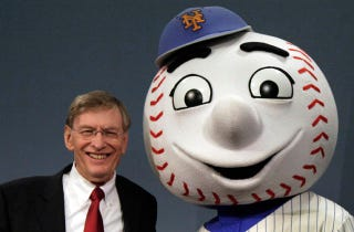 Illustration for article titled Bud Selig Pinky-Swears He'll Retire When His Contract Ends In 2014