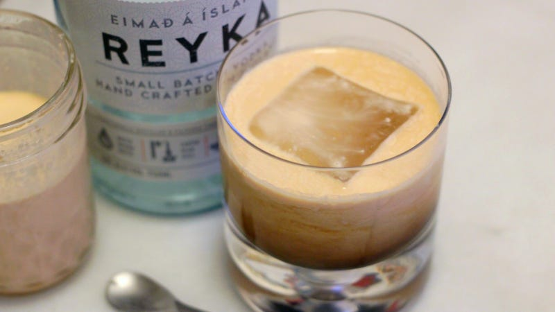 3-Ingredient Happy Hour: A Toasty Russian