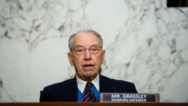 Chuck Grassley Tweets That Cable Companies Have Gotten  To [Sic] Big Like Goggle [Sic]
