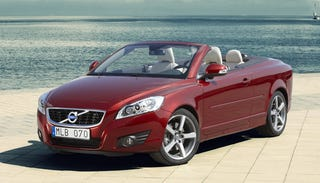 Illustration for article titled 2010 Volvo C70 Convertible Gets Hard Again For Frankfurt