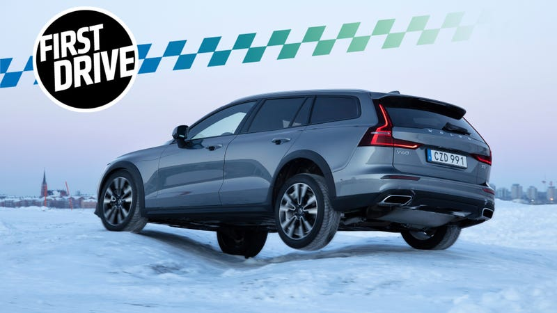 Volvo V60 Cross Country >> The 2020 Volvo V60 Cross Country Is The Anti Crossover