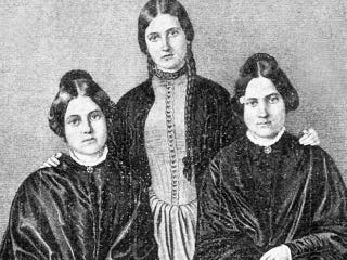 "Illustration for article titled The Sisters Who ""Talked to the Dead"" and Sparked America's Seance Craze"