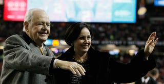 Illustration for article titled Saints Owner Tom Benson Addresses Accusations Of Mental Incompetence