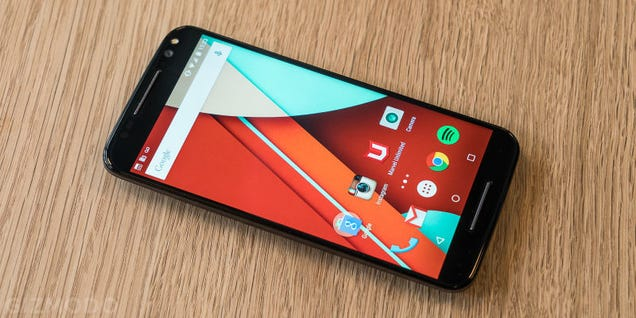 A 64GB Unlocked Moto X Pure For $250 Is a Truly Bonkers Smartphone Deal